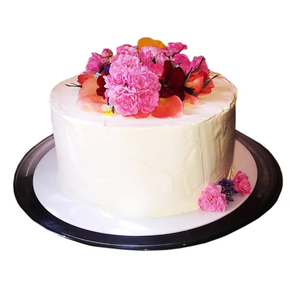 mala svadbena torta boje sampanjca 3